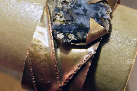 fold_formed_copper_agate_cuff_bracelet_jomama 1